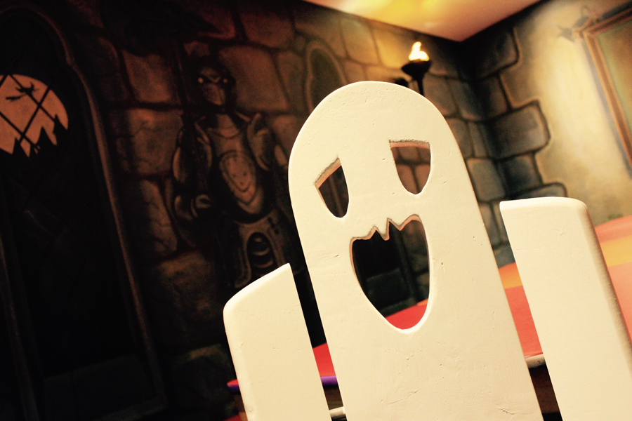 Giddy Kippers Spooky Castle Party Room